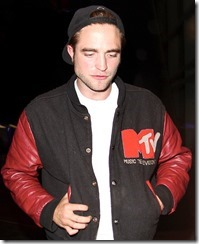 robert-pattinson-beyonce-concert-467