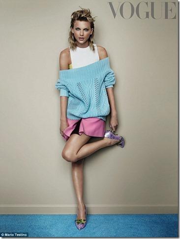 Taylor_Vogue_for_online_j
